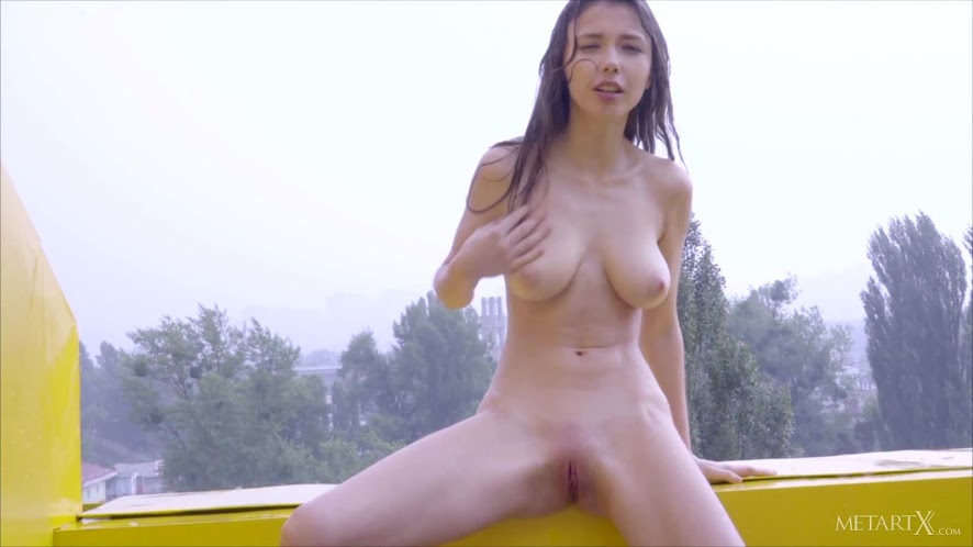[MetArtX] 2018-02-25 Mila Azul - Fruits [1080p]Real Street Angels